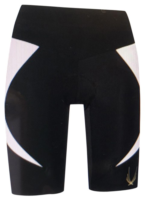 Preload https://img-static.tradesy.com/item/21727657/lucas-hugh-black-and-white-per-cycle-stretch-activewear-shorts-size-8-m-0-2-650-650.jpg