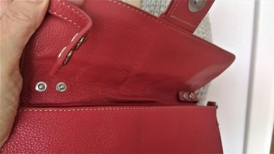 Indeed Clutch Wristlet Shoulder Genuine Leather Tote in Red