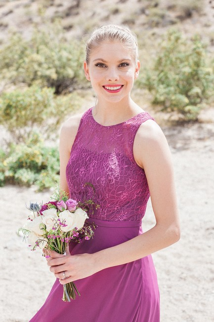 Item - Orchid Chiffon and Lace Frederica Traditional Bridesmaid/Mob Dress Size 0 (XS)