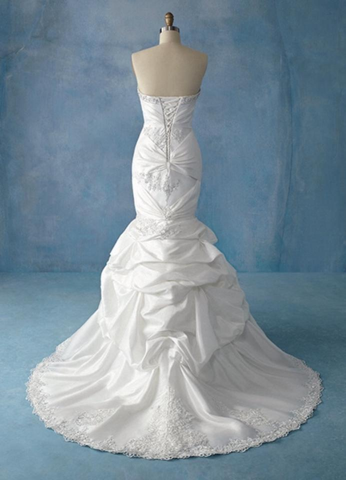 Disney princess collection wedding dress 12 off 21730424 for Wedding dress disney collection