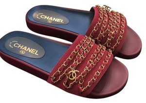 Chanel Dark Fuchsia Sandals
