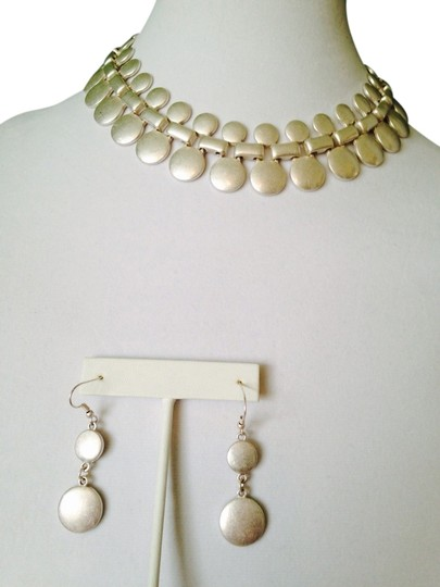 Preload https://item1.tradesy.com/images/2-b-rych-gold-2-piece-matt-gold-tone-circles-necklace-and-earrings-2173330-0-0.jpg?width=440&height=440