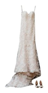 Essense of Australia Ivory Lace and Moscato Regency Organza Over Moscato Satin D1985 Modern Wedding Dress Size 8 (M)