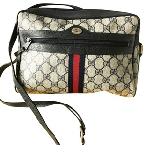 Gucci Accessory Collection Vintage Cross Body Bag