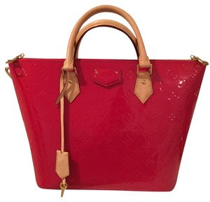 176a61d7d420 Designer Totes at Tradesy. No Fakes. Just Fashion You Can Afford ...