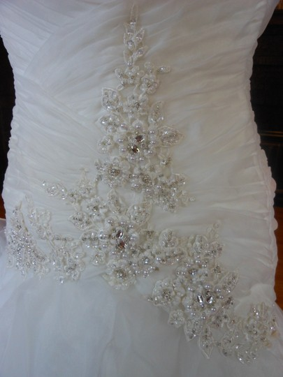 Ivory/Silver 20wb1056 Destination Wedding Dress Size 6 (S) Image 5