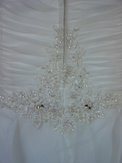 Ivory/Silver 20wb1056 Destination Wedding Dress Size 6 (S) Image 7