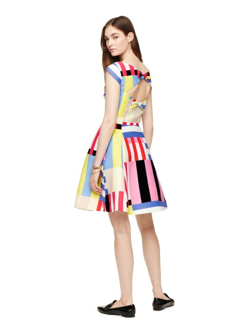 Item - Multi Color Stripe Bow Back Fit and Flare Bnwt Mid-length Cocktail Dress Size 12 (L)