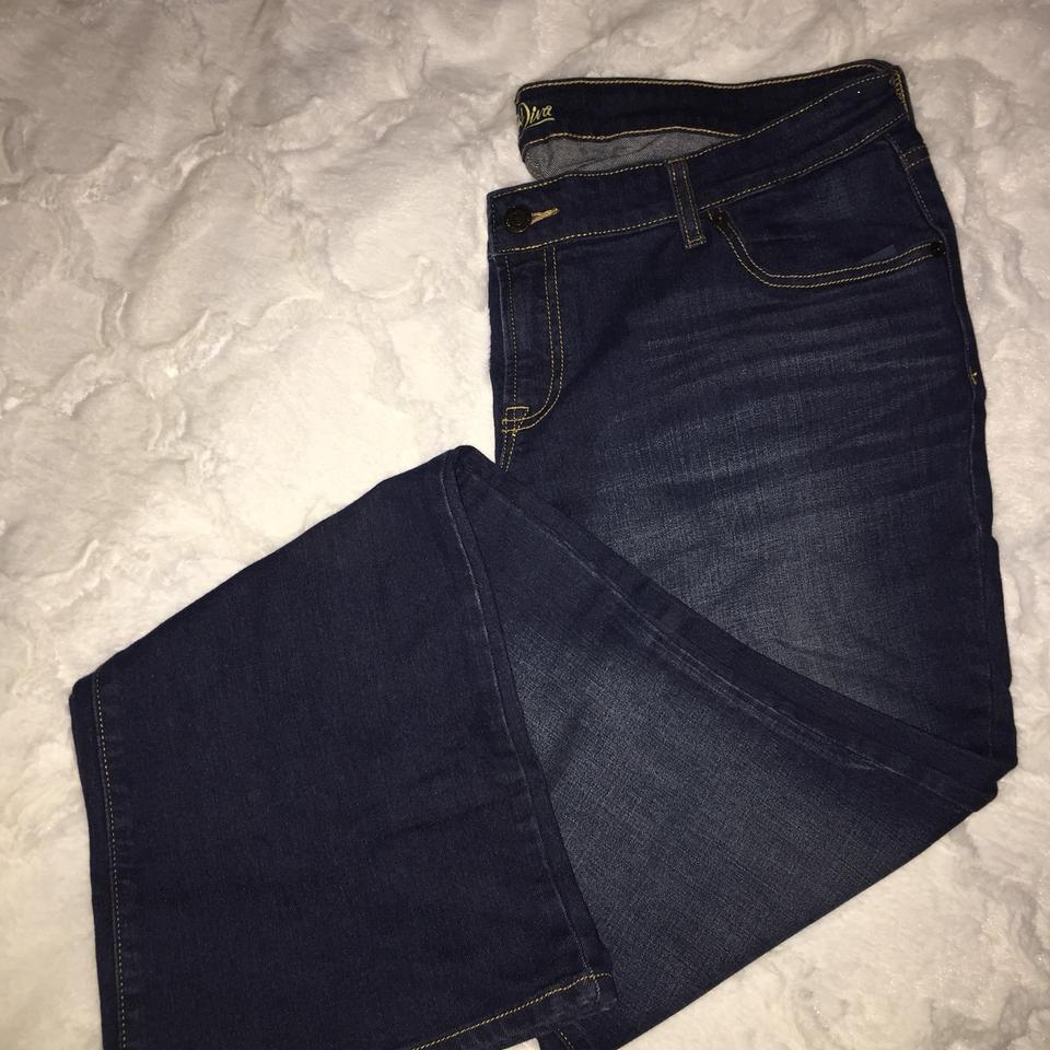 1dccfca954fa9 Old Navy Blue Dark Rinse Diva Boot Cut Jeans Size 36 (14