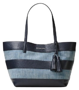 Michael Kors Leather 30h6suot3c Mk Canvas Tote in Washed Denim