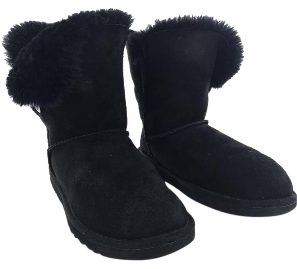 5fbd103e893 UGG Australia Black Bailey Button Ii Genuine Shearling Lined Boots/Booties  Size US 6 Regular (M, B) 78% off retail