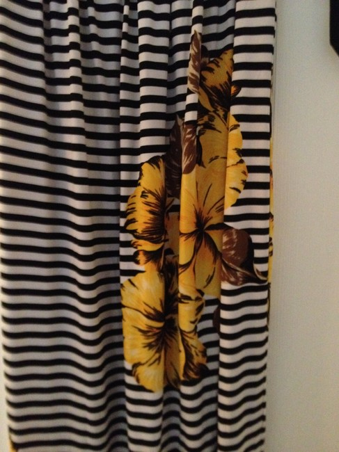 En Focus Studio short dress Black, White, Yellow Hot Stripe Beach Nite Out Glamour Size 4 Summer Spring on Tradesy