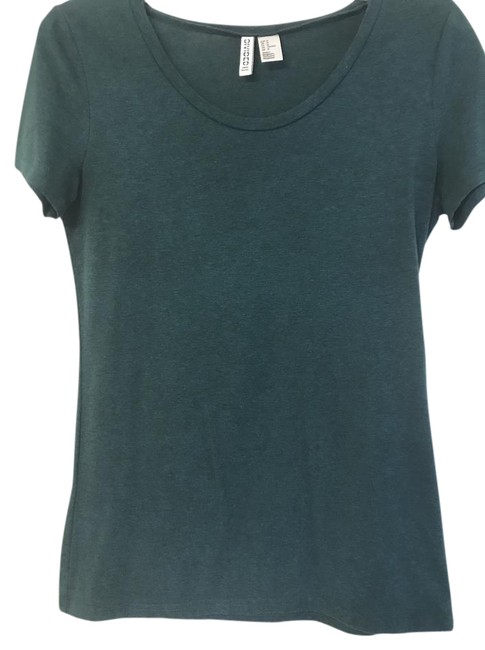 Preload https://item3.tradesy.com/images/divided-by-h-and-m-green-tee-shirt-size-10-m-21737977-0-1.jpg?width=400&height=650