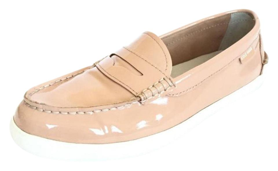 6d236a4963f9e Cole Haan Cream Women s Pinch Weekender Patent Leather Loafers 9m Flats