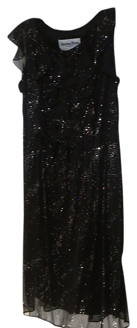 Item - Black & Silver Glitter Ruffle Knee Length Cocktail Dress Size 10 (M)