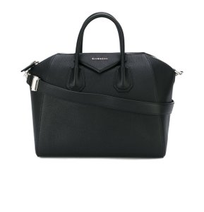 Givenchy Antigona Medium Antigona Antigona Satchel in Black