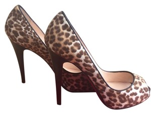 Christian Louboutin Ghana & Brown Pumps