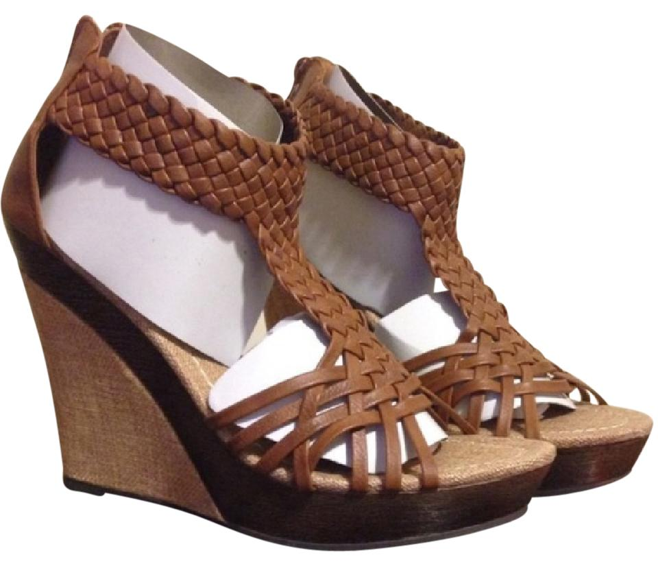 c91237fb39329 Bucco Brown Woven Sandal Wedges Size US 8.5 Regular (M