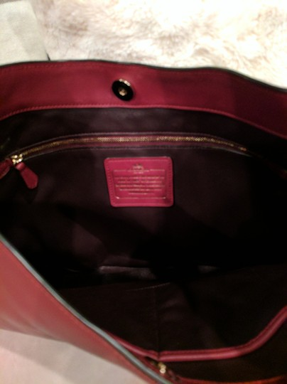 Coach Nomad Glove Tanned Leather 36026 Hobo Bag Image 2