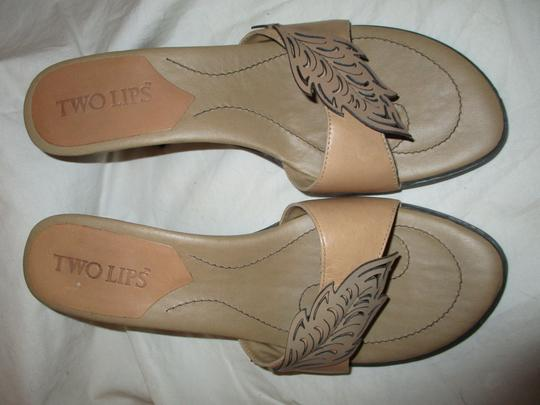 Two Lips Leather Hcrh tan Sandals Image 4