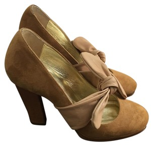 Twelfth St. by Cynthia Vincent Suede Heels Night Out Beige-camel Pumps