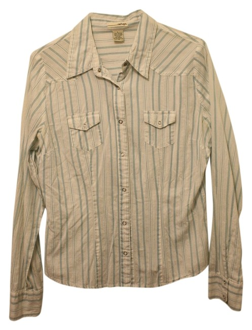 Preload https://item4.tradesy.com/images/refuge-western-longsleeve-button-down-shirt-2174728-0-0.jpg?width=400&height=650