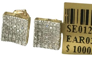 Others 10 K Yellow Gold Diamond Earring for Women