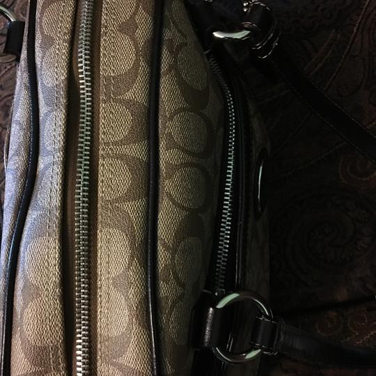 Coach Shoulder Bag Image 11