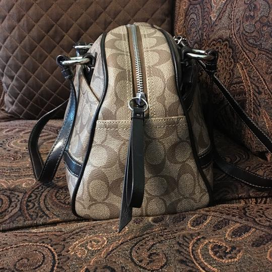 Coach Shoulder Bag Image 2