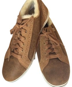 UGG Australia Sale New With Tags Men's Chestnut Athletic