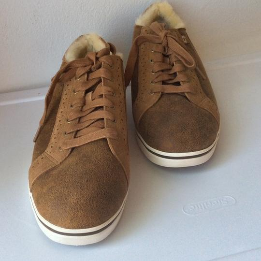 UGG Australia Sale New With Tags Men's Chestnut Athletic Image 2