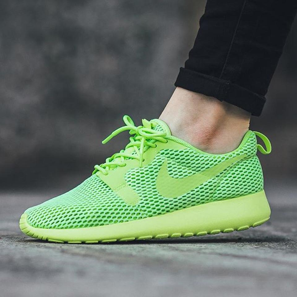 online store 7fbe2 c0271 Nike Green Box Roshe One Total Breathe Mesh 8.5/39 New Sneakers Size US 8.5  Regular (M, B) 9% off retail