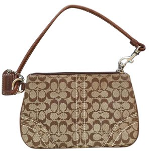 Coach Wristlet in Brown s