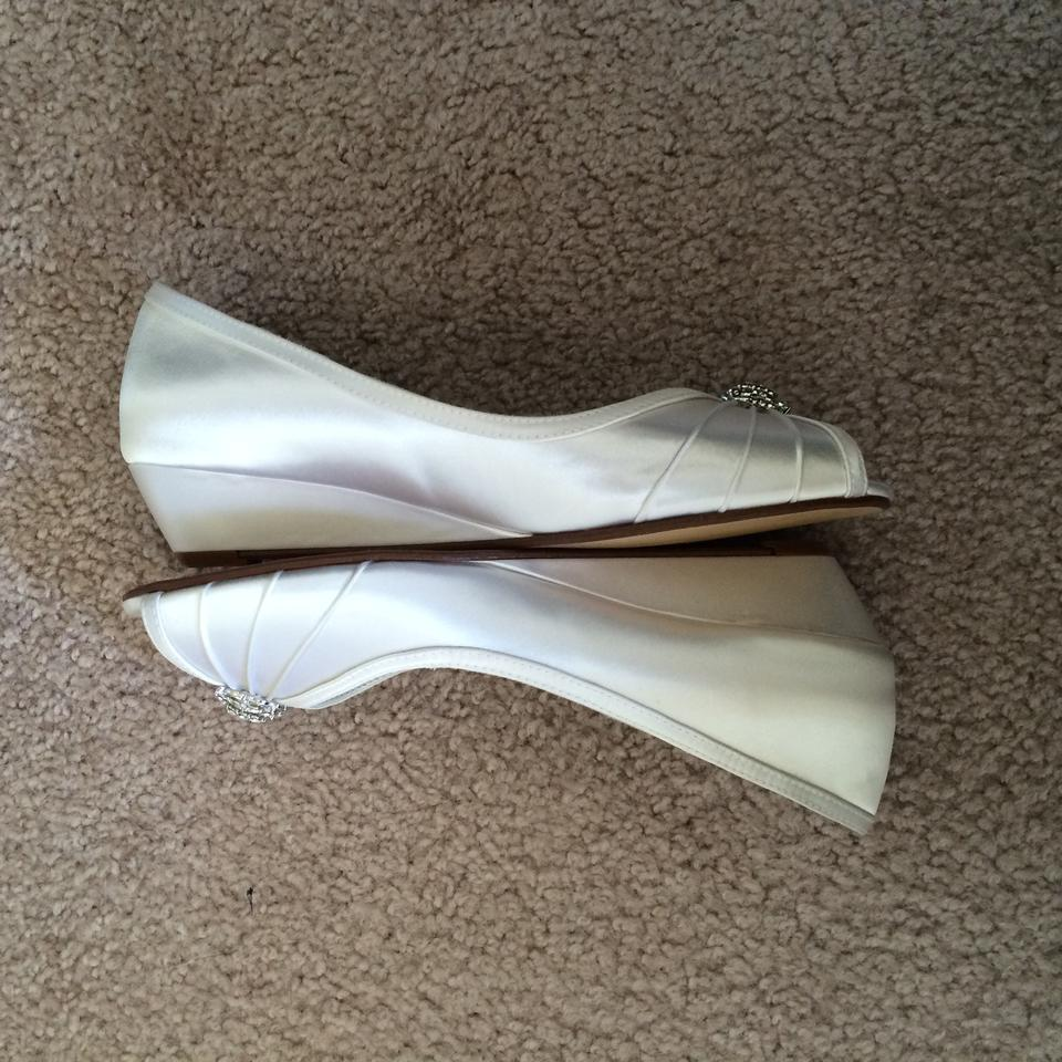David's David's Bridal Ivory Wedges Bridal David's Ivory Ivory Bridal Wedges qHwwYIXa