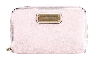 Marc Jacobs * Marc Jacobs Pink Wallet