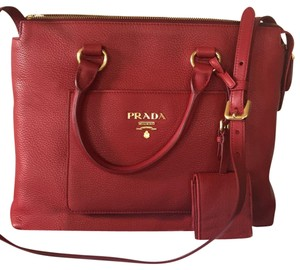 bcaa540cabc2 Prada Red Leather Bags - Up to 70% off at Tradesy