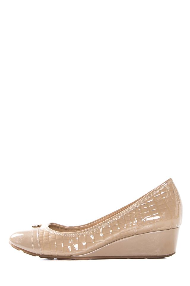 Cole Haan Wedges Nude Quilted Patent Leather Wedges Haan 6b1fc5