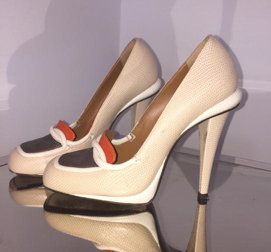 Fendi Nude/orange Pumps