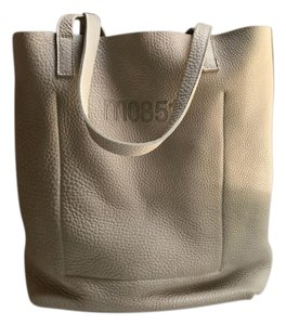 m0851 Pebbled Leather Buttery Leather Tote in Gray