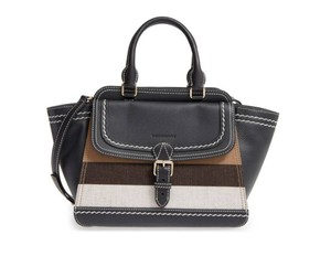 Burberry House Check Canterbury Crossbody Large Tote in Black