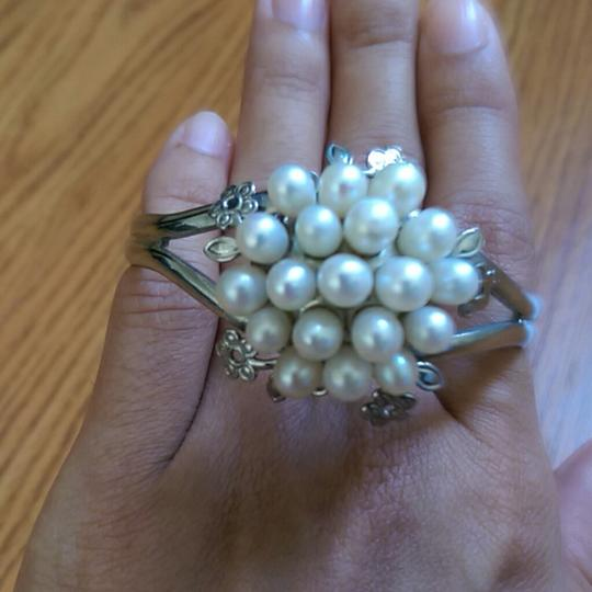 Other Pearl cluster bangle