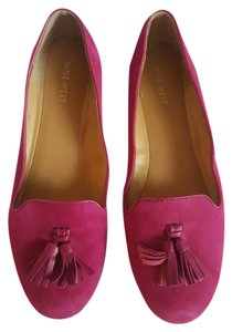Nine West Fuchsia Flats