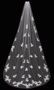 enVogue Bridal Ivory Long Cathedral Lace with Beaded Lace Appliques Bridal Veil