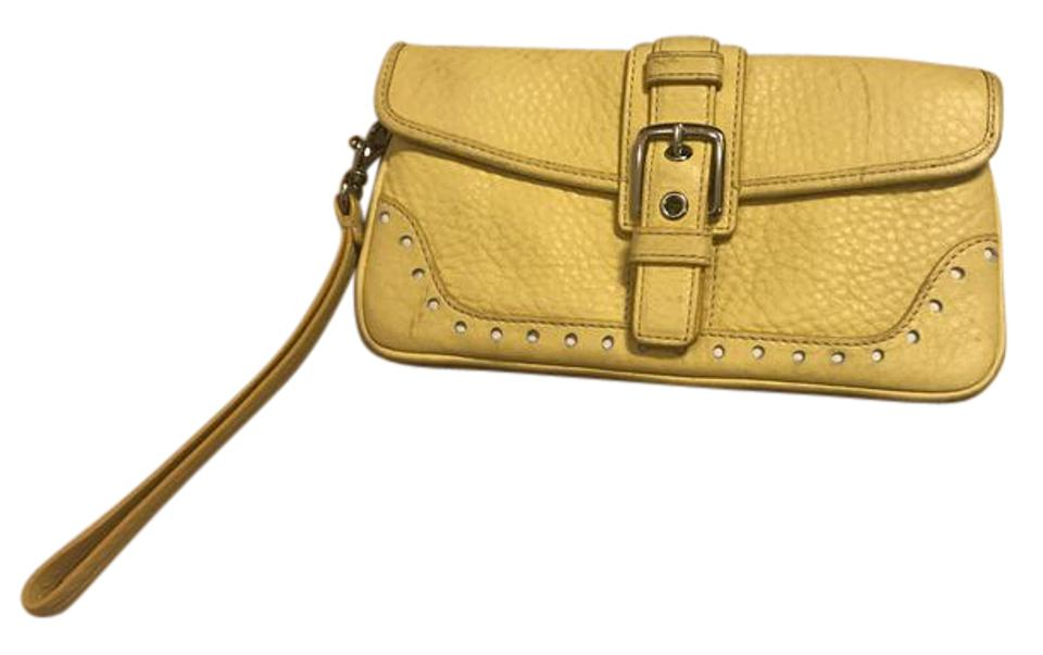 e03c3732d772 Coach Pebble Clutch Wristlet Yellow Leather Wristlet - Tradesy