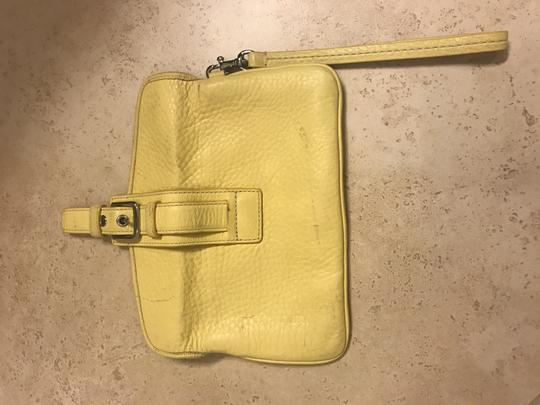 Coach Wristlet in yellow Image 1