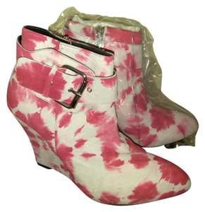 ElyseWalker Los Angeles Pink white dyed Boots