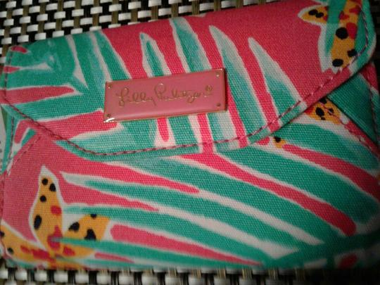 Lilly Pulitzer Wristlet in multi colored, pink, green white Image 9