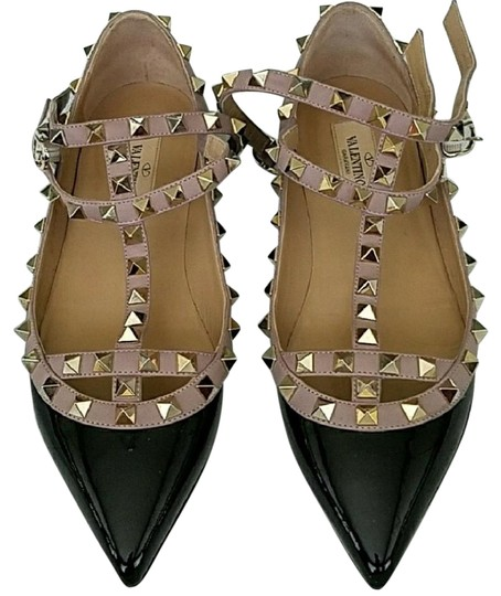 Preload https://img-static.tradesy.com/item/21764819/valentino-black-and-nude-with-gold-studs-rock-flats-size-us-65-regular-m-b-0-2-540-540.jpg