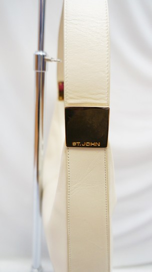 St. John Cream Leather Hobo Baguette Gold Hardware Rare Shoulder Bag Image 4