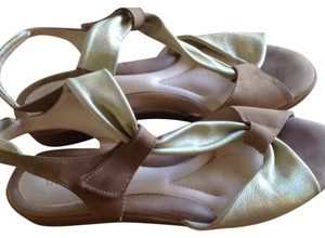 BeautiFeel Beige with pale gold. Sandals